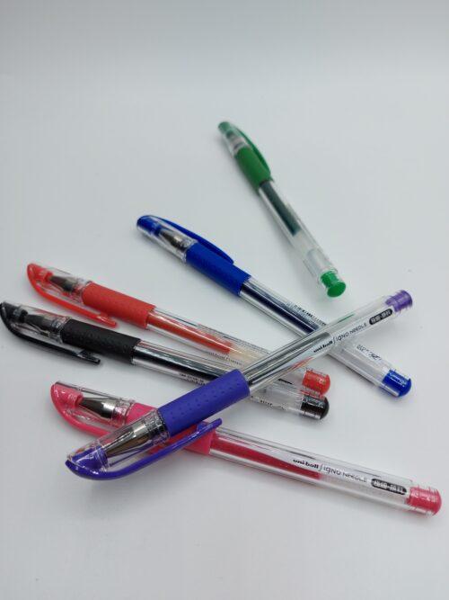 """עט רולר UNI-BALL Signo - כחול,שחור,אדום,ירוק,סגול,ורוד 0.38 מ""""מ"""