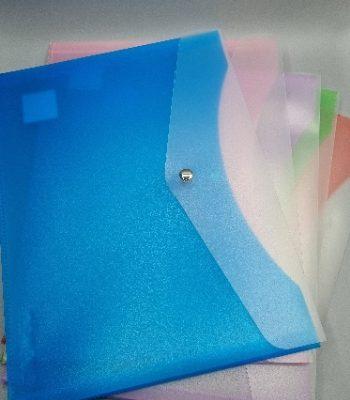 תיק מעטפה עם לחצן גודל פוליו מיועד לדפים A4